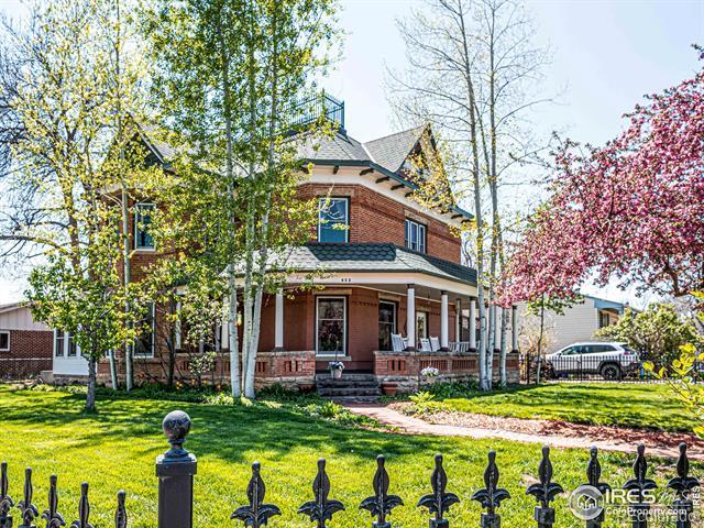 622 E 1st Street, loveland MLS: 123456789939347 Beds: 4 Baths: 2 Price: $665,000