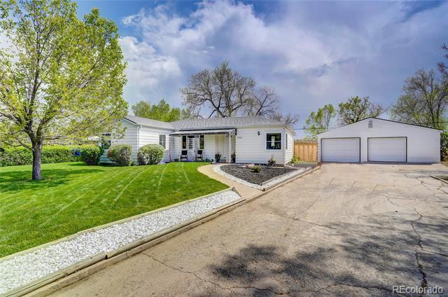 7370  Broadview Drive, lakewood MLS: 3461403 Beds: 3 Baths: 2 Price: $598,000