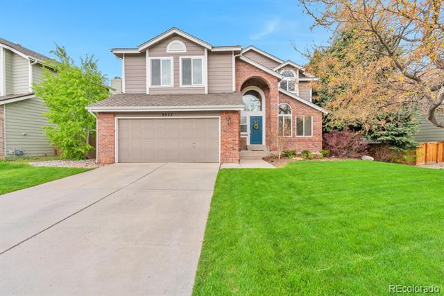 9822  Sterling Drive, highlands ranch MLS: 9973354 Beds: 4 Baths: 4 Price: $640,000