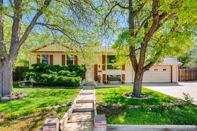 341  El Paso Court, denver MLS: 6646877 Beds: 3 Baths: 2 Price: $449,000