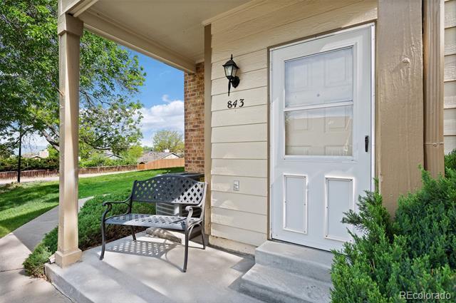 843  Summer Drive 1E, Highlands Ranch  MLS: 5421702 Beds: 2 Baths: 3 Price: $300,000