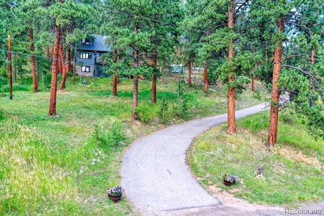 23471  Black Bear Trail, conifer MLS: 1623189 Beds: 3 Baths: 2 Price: $575,000